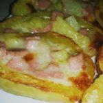 Barchette di patate con prosciutto e formaggio