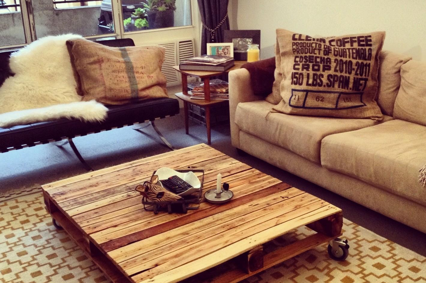 Recuperare mobili vecchi idee di riciclo creativo le for Oggetti fai da te per arredare casa